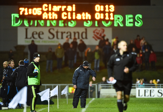 Dublin manager Jim Gavin checks his watch in injurytime of his side's draw with Kerry in Tralee. Photo: Sportsfile