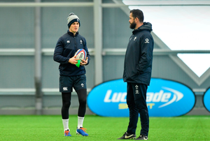 Jonathan Sexton chats with his coach Andy Farrell ahad of tomorrow's crunch tie. Photo: Sportsfile