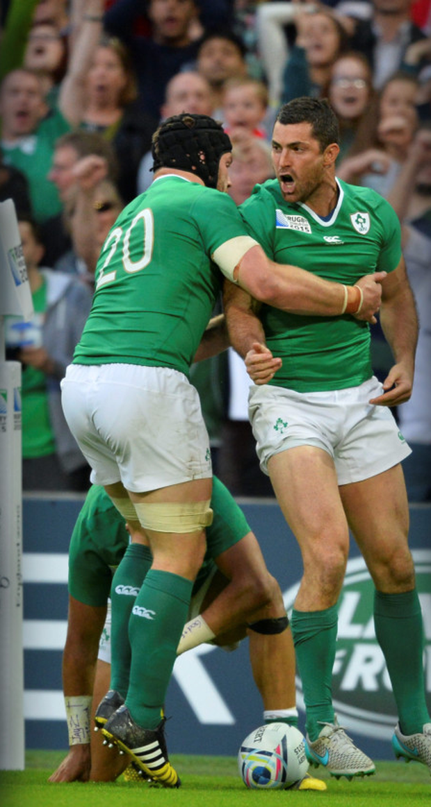 Rob Kearney shows what it means to score a try at Wembley