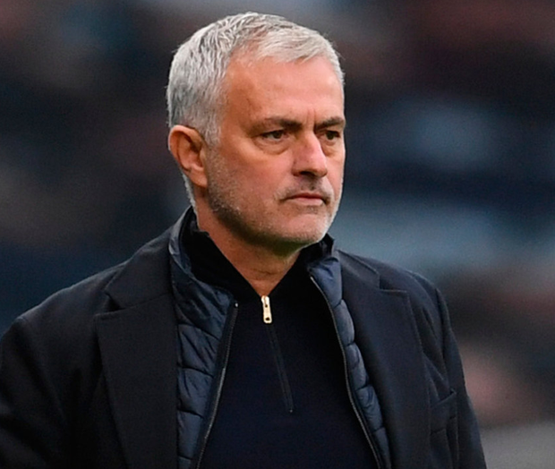 Jose Mourinho: 'A decision to show that he doesn't have a beautiful chair waiting for him in the team'