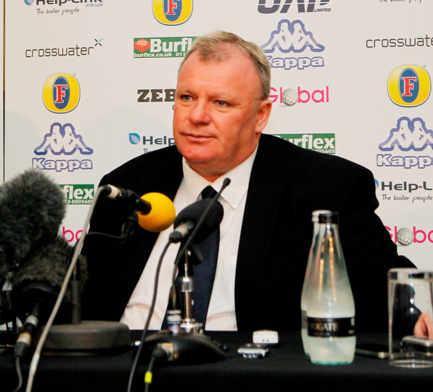 New Leeds United manager Steve Evans