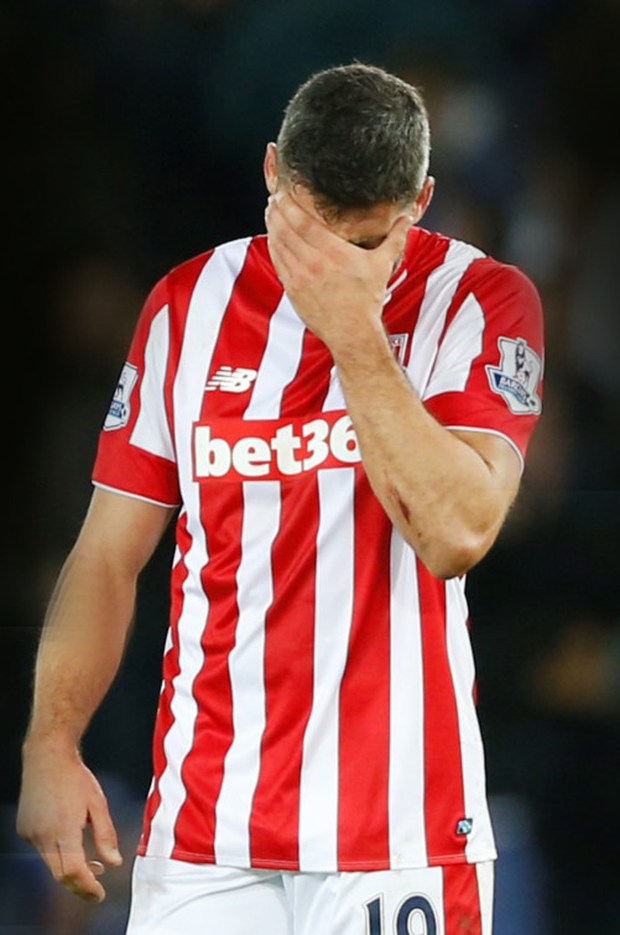 Stoke's Jonathan Walters looks dejected after Saturday's defeat by Leicester. Photo: Reuters