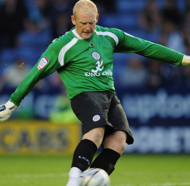 Former Leicester City goalkeeper Conrad Logan has backed his former club to go on and win the Premier League title.