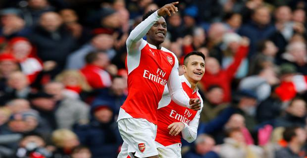 Arsenal substitute Danny Welbeck celebrates his winning goal with Alexis Sanchez in the Premier League win over Leicester. Photo: Reuters