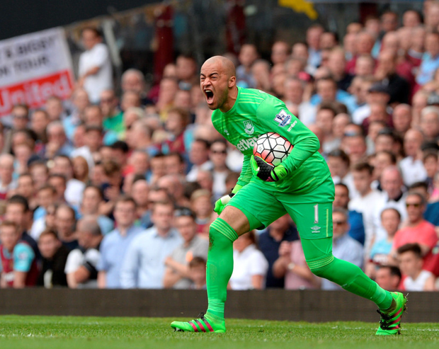West Ham's Irish goalkeeper Darren Randolph vents his frustration during Saturday's Premier League defeat to Swansea. Photo: PA