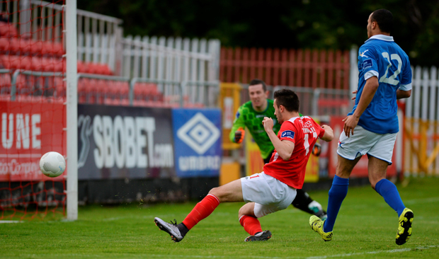 St Patrick's Athletic forward Mark Timlin scores his side's first goal against Finn Harps at Richmond Park, Inchicore last night (SPORTSFILE)