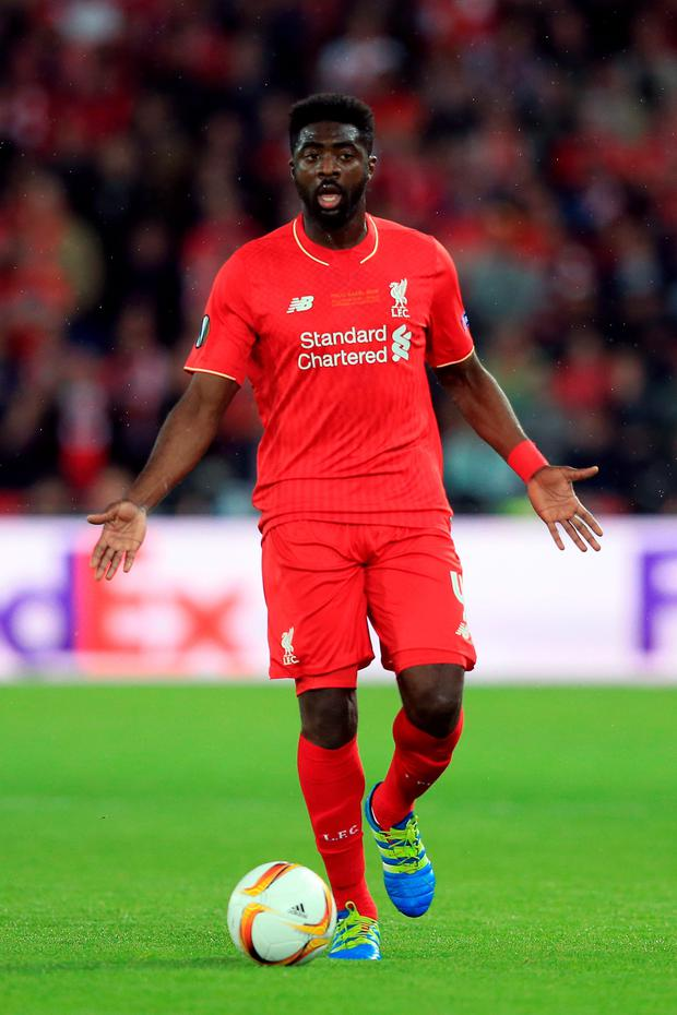 Kolo Toure has signed with Celtic on a one-year deal.