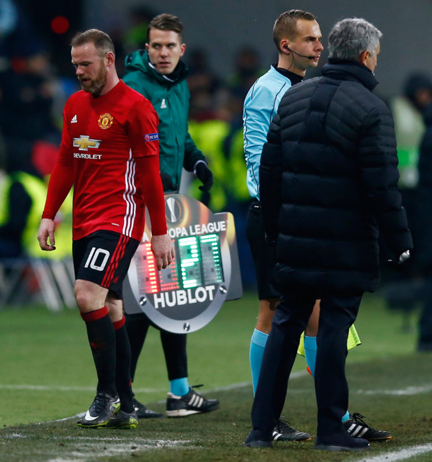Wayne Rooney is substituted by manager Jose Mourinho after another blank against Zorya Luhansk on Thursday night
