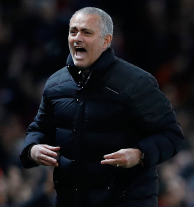 "Manchester United manager Jose Mourinho says it is a ""gift"" for players to have his club interested in signing them."