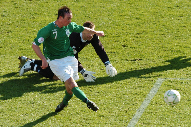 The Republic of Ireland's Stephen Ireland rounds Welsh goalkeeper Daniel Coyne to score winner and make history during the Euro 2008 qualifier at Croke Park. Photo: Paul Mohan/Sportsfile