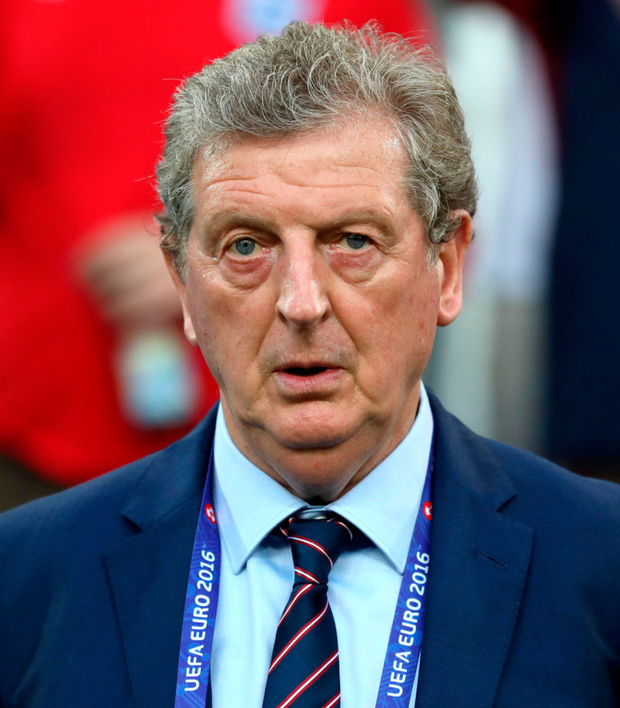 Roy Hodgson is set to replace Frank de Boer as Crystal Palace boss