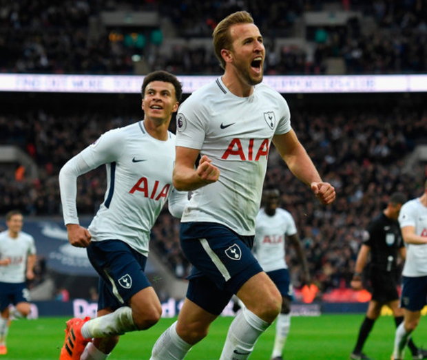Harry Kane of Spurs (r) celebrates with Dele Ali after scoring the fourth goal