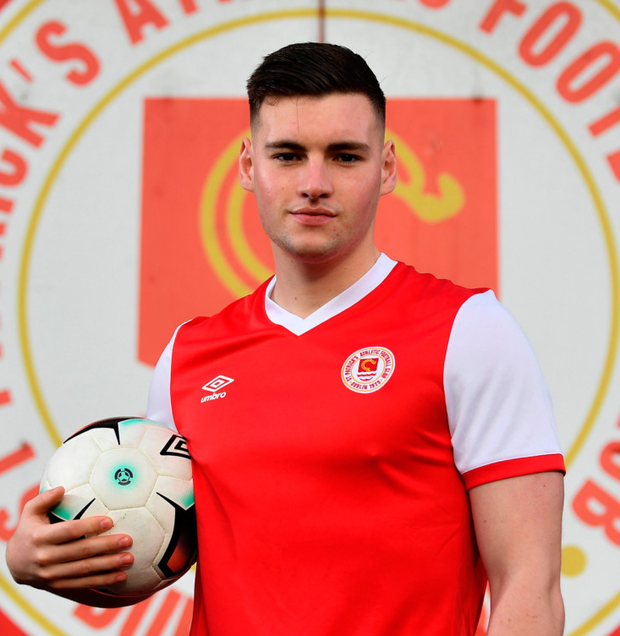 New St Pat's signing Kevin Toner is pictured outside Richmond Park, Inchicore yesterday