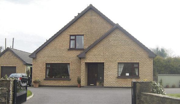 This five-bedroom house in Tiernaboul, Killarney has come on the market with a very reasonable asking price of €285,000.
