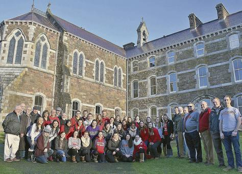 Sacred Heart University students, teachers and staff outside An Díseart in Dingle.
