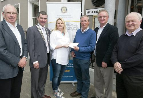 President of Tralee St Vincent de Paul, Claire Tobin presenting the winners of the Tralee Rotary Golf Classic in aid of St Vincent de Paul their prizes at the Imperial Hotel: Stephen Barter, John Moriarty (President Tralee Rotary Club), Claire Tobin, Pierce Wall, Ed Buckley and Christy Lynch (St Vincent de Paul).