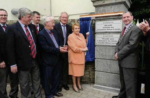 Sheila Courtney and Cllr Paddy Courtney, wife and son of the late Cllr Michael Courtney; unveiling the plaque to dedicate the Hahah in Killarney to the memory of the late Cllr Michael Courtney with, from left; Councillors Tom Doherty, Sean Counihan, John O'Donoghue, Sean O'Grady and Michael Gleeson in Killarney on Saturday. RIGHT: Cllr Michael Gleeson chairing the last ever Killarney Town Council meeting in the Town Chambers with fellow councillors Tom Doherty and Sean Counihan on Monday evening.