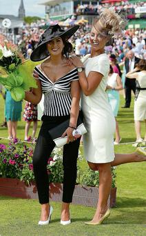 Best Dressed Lady Denise Healy from Two Mile, Killarney (left) with judge Kathryn Thomas
