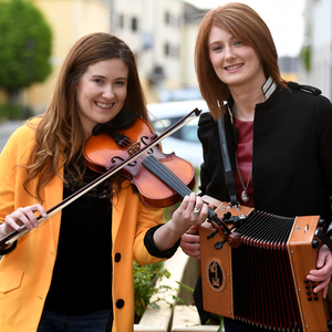 Sister Act: Ardfert siblings Danielle and Melissa O'Riordan getting Tralee in the mood for that trad music magic ahead of Fleadh Cheoil Chiarraí