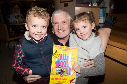 John Hurley with his children Bran and Siuna Hurley as they head into the Musical All Shook Up by Tralee Musical Society Youth in Siamsa Tire Tralee on Wednesday evening.