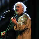 Steve Cooney performing with the legendary Stockton's Wing at the Gathering Irish Traditional Festival. Photo by Valerie O'Sullivan