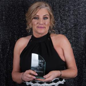 Geraldine Kelly collecting her award at the recent Brides of Kerry Awards