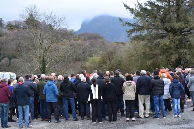 Ponymen and their families attending the memorial service in The Yard at Kate Kearney's, led by Fr Paddy O'Donoghue on Tuesday evening. Photo by Michelle Cooper Galvin