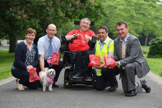 Kerry County Council launches its month long anto dog fouling campaign in Tralee's Town Park with Oonagh O'Connor KCC , John Breen Director of Services KCC; George Dineen from the Tralee Access Group; Brendan Murphy KCC, Mayor of Kerry John Sheahan and Sweet Pea the Dog . Photo by Domnick Walsh