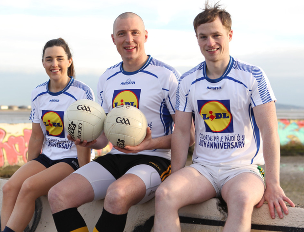 Pictured at Dublin's Sandymount Strand for the launch ofthe Lidl Comórtas Peile Páidi Ó Sé 2019 GAA Football Festival, which takes place in the Dingle Peninsula from 15th to 17th February, was former Kerry star Kieran Donaghy, Dublin All-Ireland winner Lyndsey Davey and Comórtas chairman Pádraig Óg Ó Se. Full details on www.paidiose.com