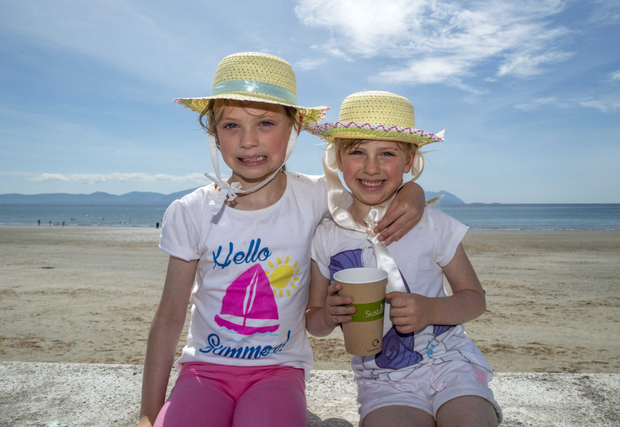 Shonagh and Ciara Cullotty enjoying the day out at the beach at the Ballyheigue Summer Festival