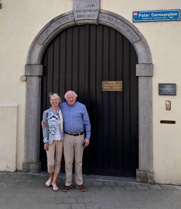 Pat and Anne Neligan at the gate of the Irish College in Louven