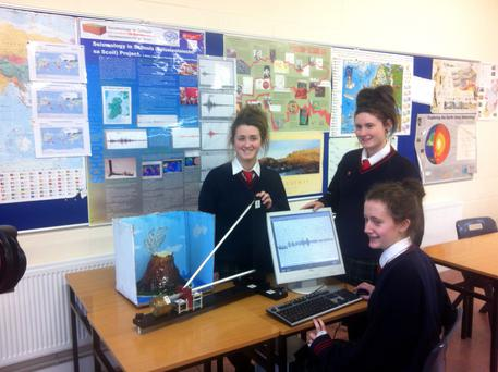 Colaiste Bride students with their seismometer in Enniscorthy