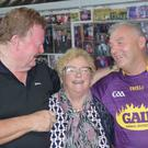 Performers Sennan Lillis and Matt Murphy with Cooraclare singer Kitty O'Donoghue.