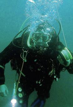 Martin Murray of Hook Sub Aqua Club getting ready to ascend from a dive