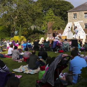 Chapterhouse Theatre Company performing Peter Pan at Kilmokea Gardens