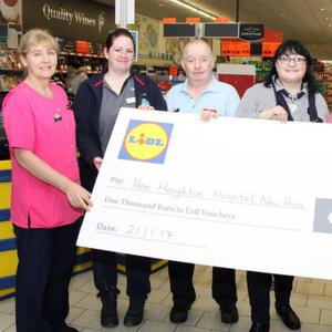 New Houghton Hospital representatives Brid Lawlor, Lar Murray, Antoinette Carberry and Patricia Power with Lidl customer assistant Tara Purcell and store manager Jackie Roche at the cheque presentation in Lidl in New Ross