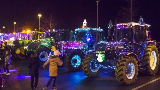 Farmers Light Up The Town Independent Ie