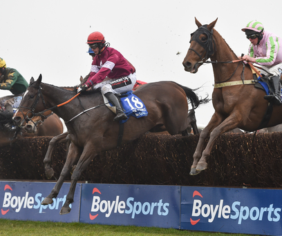 Davy Russell wins 2018 Grand National aboard Tiger Roll as