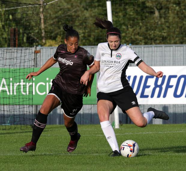 Rianna Jarrett of Wexford Youths closes in on Keara Cormican of Galway W.F.C