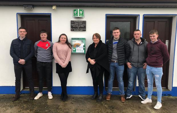 St. Stephen's Day 2018 marked the official installation of the new defibrillator at Nace O'Dowd Park, Achonry. Coolaney/Mullinabreena GAA Club are hugely grateful to Lorraine Feely and family, Tubbertelly who fundraised this year to donate the unit to the Park in memory of the late James Feely. A special plaque was also commissioned to mark the event. Pictured are: Gavin, Shane, Aisling, Lorraine, Conor, Paul and Niall Feely