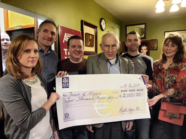 North Sligo AC Raised €2,000 for the Friends of Angus Fund at their annual quiz in McLeans Pub. Pictured at the presentation of funds were (from left) Viera Stupokova, secretary North Sligo AC; Thomas Coggins and Niall Rooney, Friends Of Angus; Brian Drury, quiz master; David Kenny, Friends Of Angus and Mary Gilmartin Chairperson of North Sligo AC