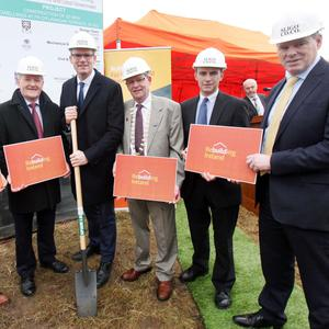 Brendan Sammon, Sammon Builders, Tony McLoughlin TD, Minister Simon Coveney TD, Cathaoirleach of Sligo County Council, Clr. Hubert Keaney, Clr Dara Mulvey and Ciarán Hayes, CEO Sligo Co. Co. at the turning of the sod for a new 22 unit housing scheme at Fr O'Flanagan Terrace