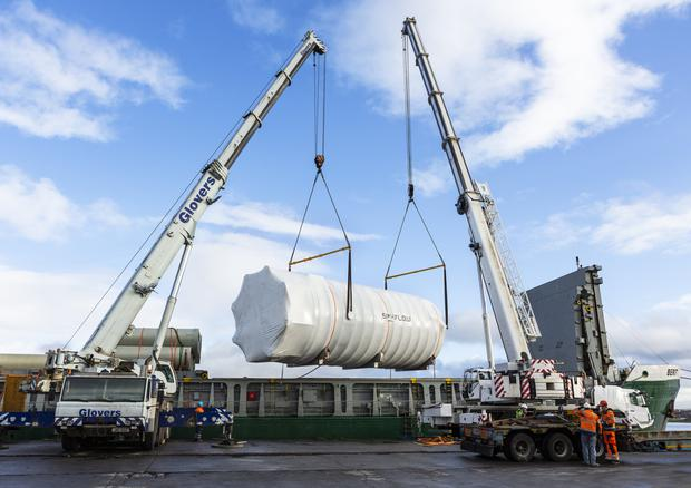 The wide load being loaded on to the back of the truck. Pic: Donal Hackett