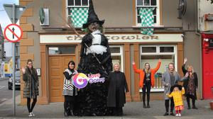 Becky Ali (standing in for her father, Ali Ali), Liiz Stanley from Gorey Kilmuckridge Municipal District, Norma Quinsey from 'Love Gorey', artists Eimear Boyd and Kim Dagg (with her daughter, Belle Halford) and Barbara Dagg launching last year's Very Gor(e)y Hallowe'en.