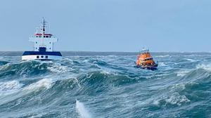 The RNLI working to bring the Lily B to safety off Hook Head in October of last year.