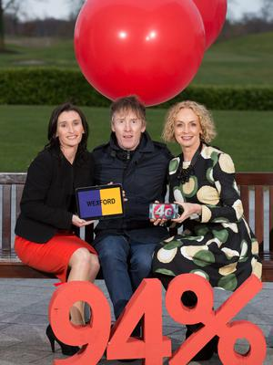 Vodafone 4G were Vodafone South East Area Manager, Debbie Power, broadcaster Hector Ó'hEoghagáin and Vodafone CEO, Anne O'Leary.