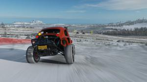 Forza's approach to seasons is astounding.