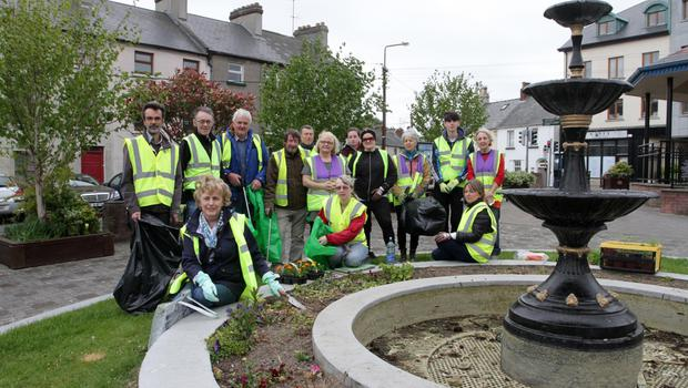 Tidy Towns volunteersand members of the Wexford Bible Church and Wexford Men's Shed at St. Peter's Square last week.