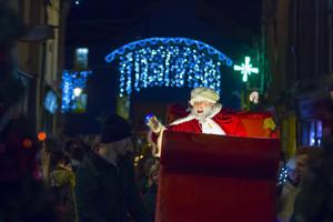 Santa waves to the crowds as he arrives in Wexford for the big switch-on in 2015.
