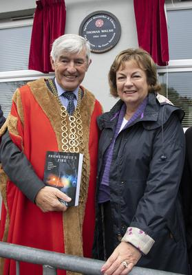 Mayor of Wexford Cllr Tony Dempsey with Rosemary Buckley, daughter of Dr Thomas Walsh